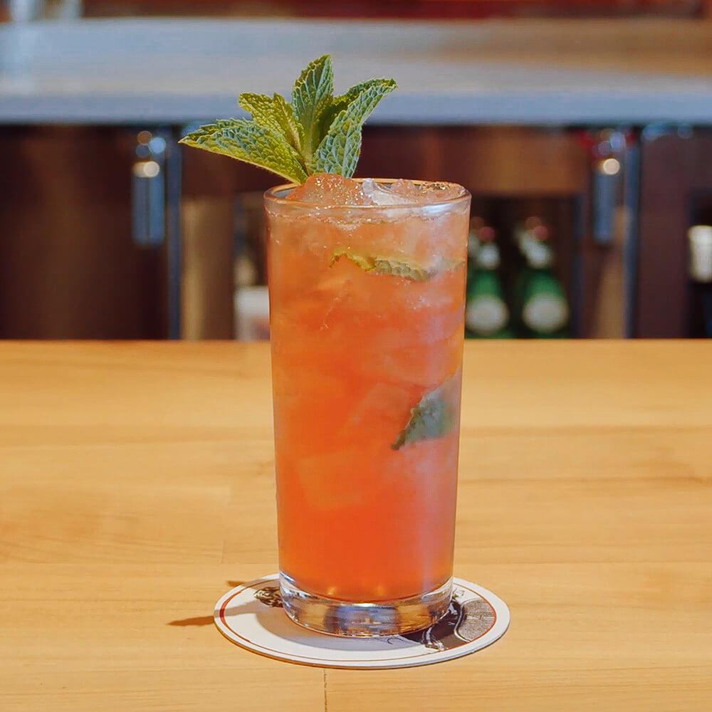 Featured Cocktail - Mojito Sanguigno